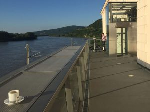 Donaustromauf